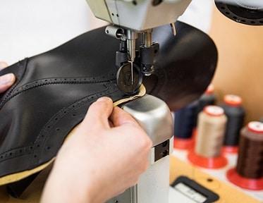 Schuhe von Hand genäht