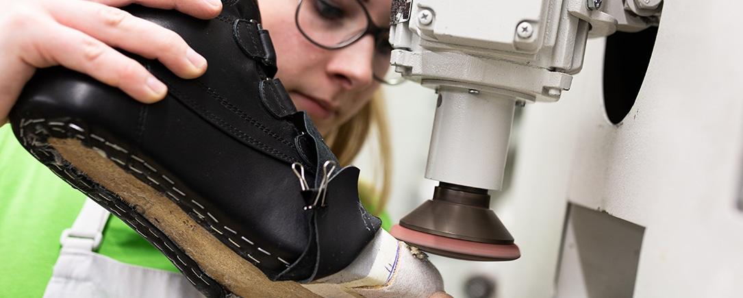 Wir arbeiten mit den modernsten Maschinen, um bestmögliche Qualität zu gewährleisten'